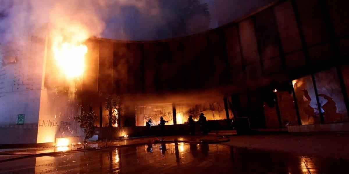 Museo Violeta Parra afectado por un incendio