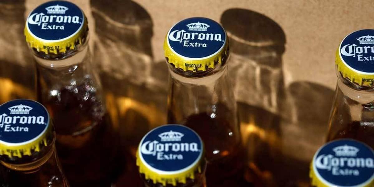 ¡Inesperado efecto secundario!: menos norteamericanos toman cerveza Corona por el coronavirus