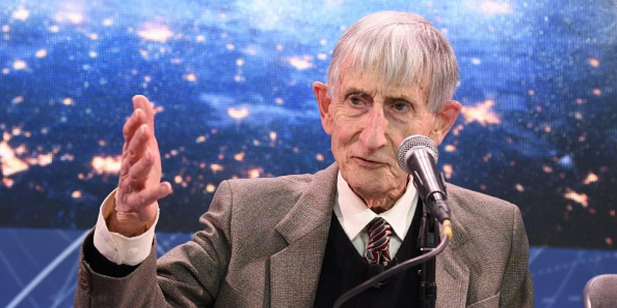 Freeman Dyson, legendario físico y matemático, muere a sus 96 años