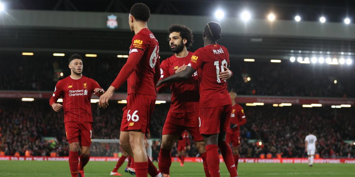 Coronavirus le 'quitaría' el título de Premier League al Liverpool
