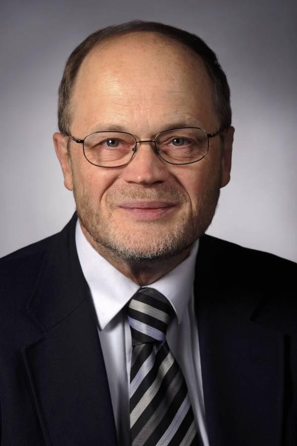 Mack Shelley profesor del departamento de ciencias políticas de la Universidad Estatal de Iowa, EE.UU.Mack Shelley profesor del departamento de ciencias políticas de la Universidad Estatal de Iowa, EE.UU.