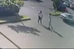 Mujer es asaltada a plena luz del día en centro comercial de Dorado