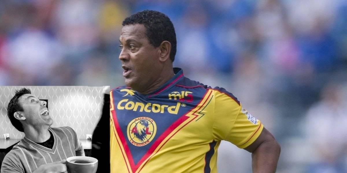 Antonio Carlos Santos se enfrasca en pelea con Zamogilny por Memo Ochoa