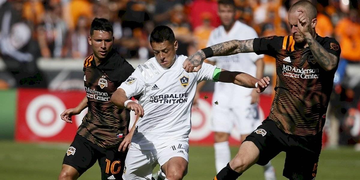 Chicharito Hernández firma debut discreto en la MLS