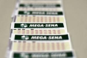 https://www.metrojornal.com.br/foco/2021/02/27/confira-aqui-dezenas-sorteadas-na-mega-sena-deste-sabado.html