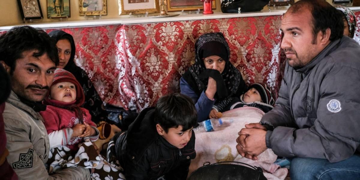 Turquia anuncia abertura de fronteira para passagem de refugiados à UE