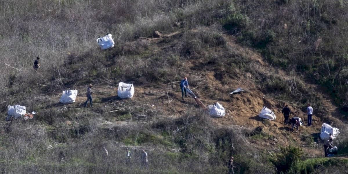 Acusan a policías de filtrar imágenes de los cuerpos de Kobe Bryant y su hija