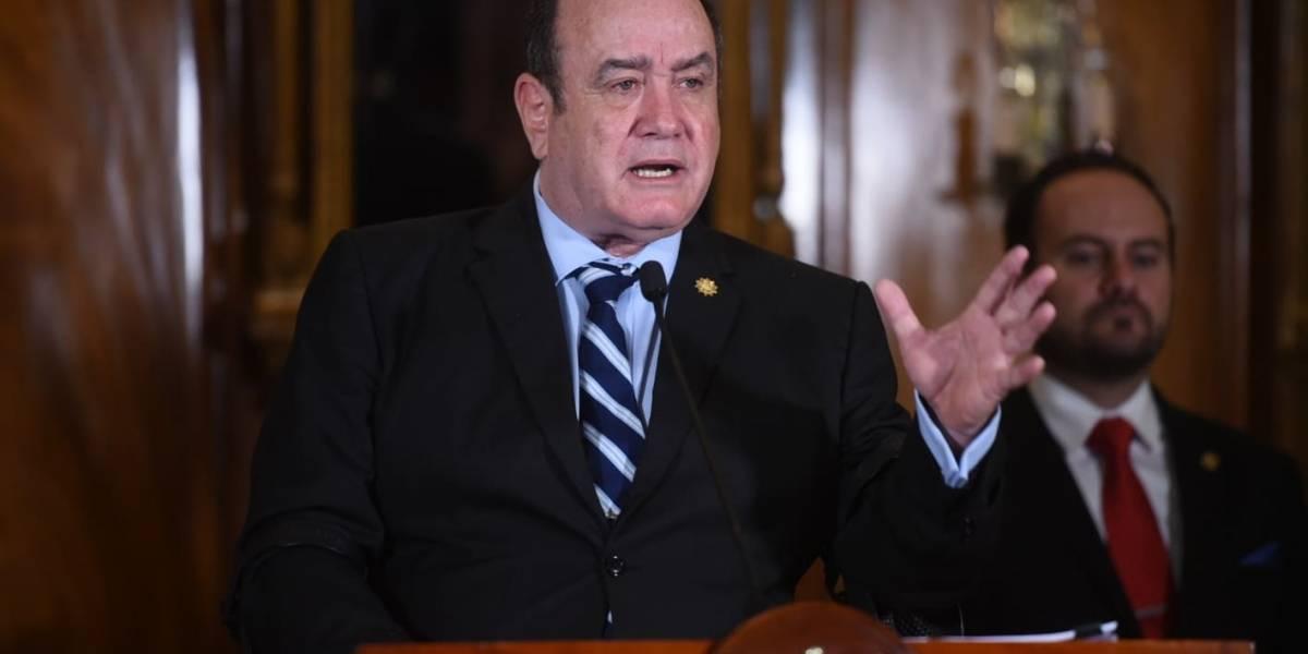 """Presidente ordena """"cuarentena"""" para todo el viajero que ingrese al país desde Europa"""