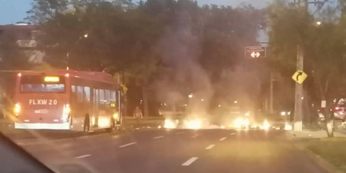 """Con barricadas y atochamientos: así se desarrolla el """"Súper Lunes"""" en diversos puntos del país"""