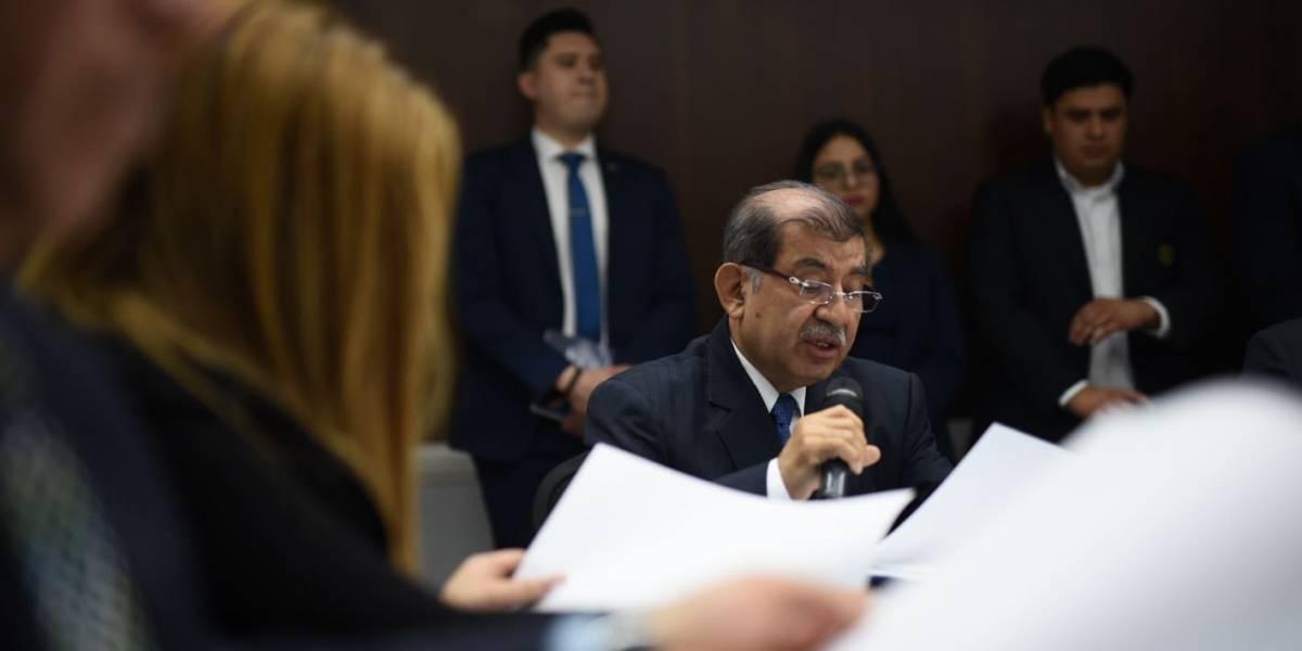Diputados realizan entrevistas a candidatos a integrar el TSE