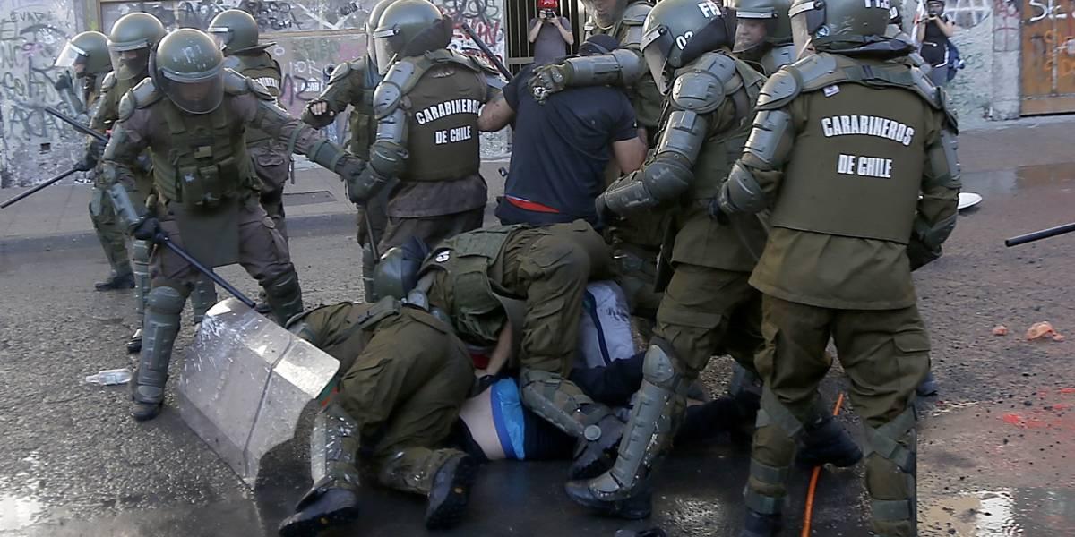 De Arica a Punta Arenas: protestas y represión marcaron la noche del Súper Lunes