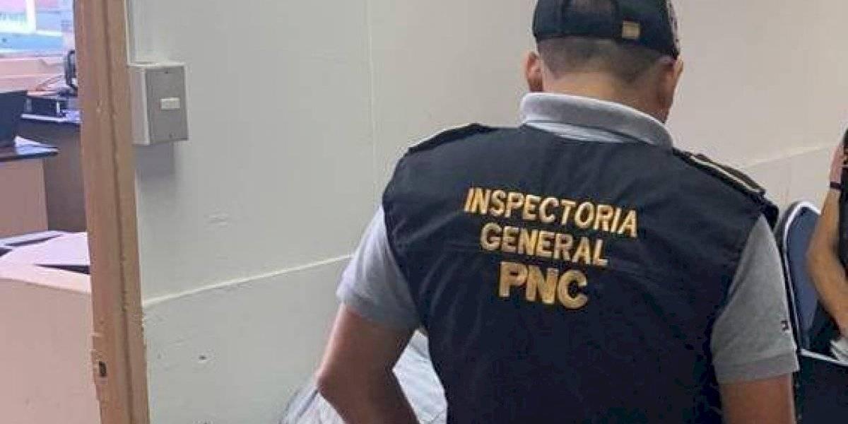 Capturan a empleado de la Oficina de Servicio Civil por cobrar Q13 mil para agilizar jubilación