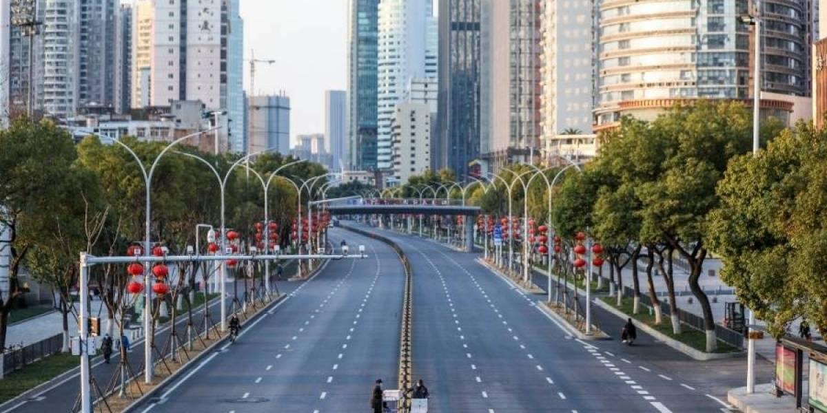 Hombre muere de hantavirus en pleno bus en ciudad China