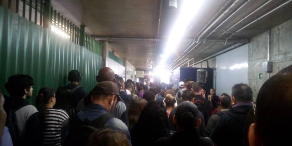 São Paulo tem manhã de transtornos com falha na Linha 1-Azul e monotrilho parado