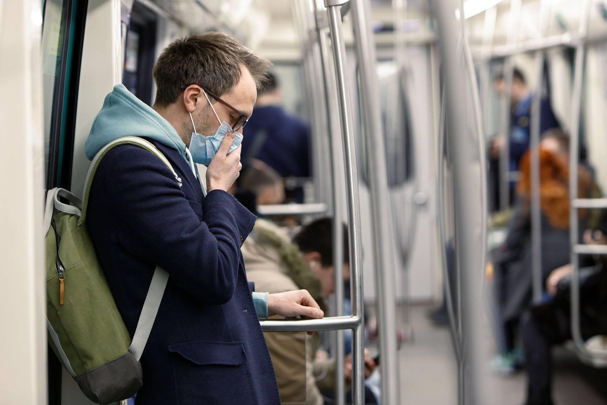 Coronavirus: video muestra cómo un estornudo puede contagiarte