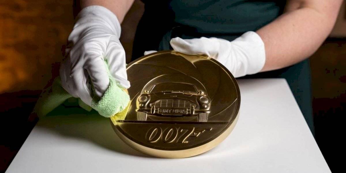 Conmemorarán la 25 entrega de James Bond con una moneda de oro de 7 mil libras