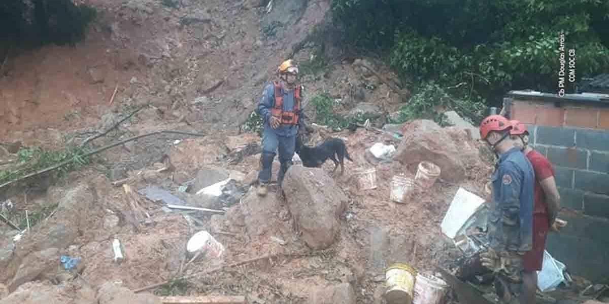 Número de mortos sobe para 44 na Baixada Santista; 17 estão desaparecidos