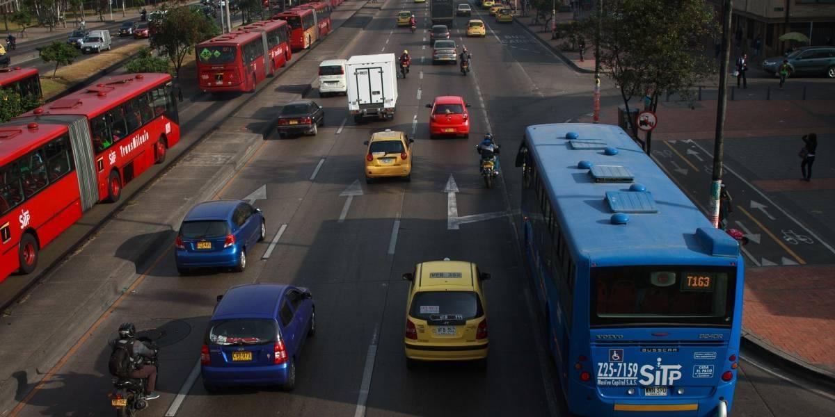 ¿Bogotanos asumen pérdidas por venta ilegal de pasajes?
