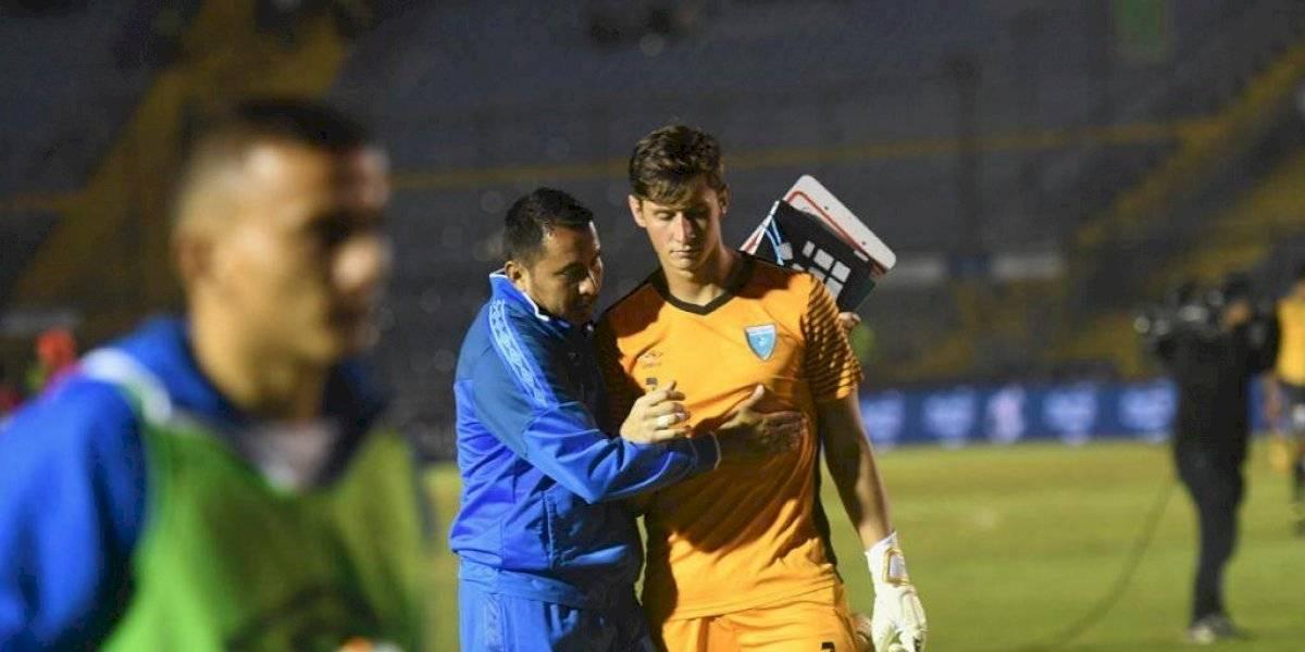 La afición la toma contra Nicholas Hagen después de la derrota ante Panamá