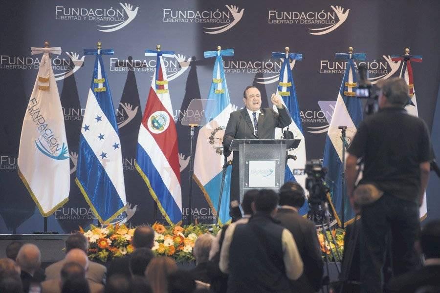Alejandro Giammattei en el V Encuentro Ciudadano