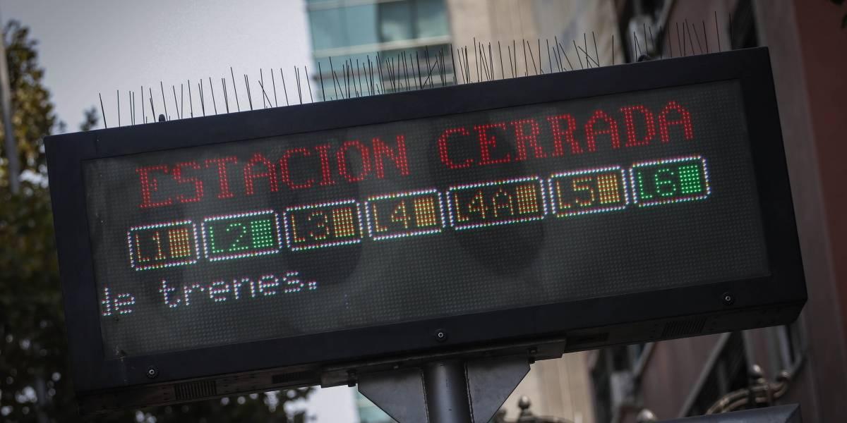 Estaciones de Línea 1, 2 y 5 de Metro de Santiago cerradas por manifestaciones