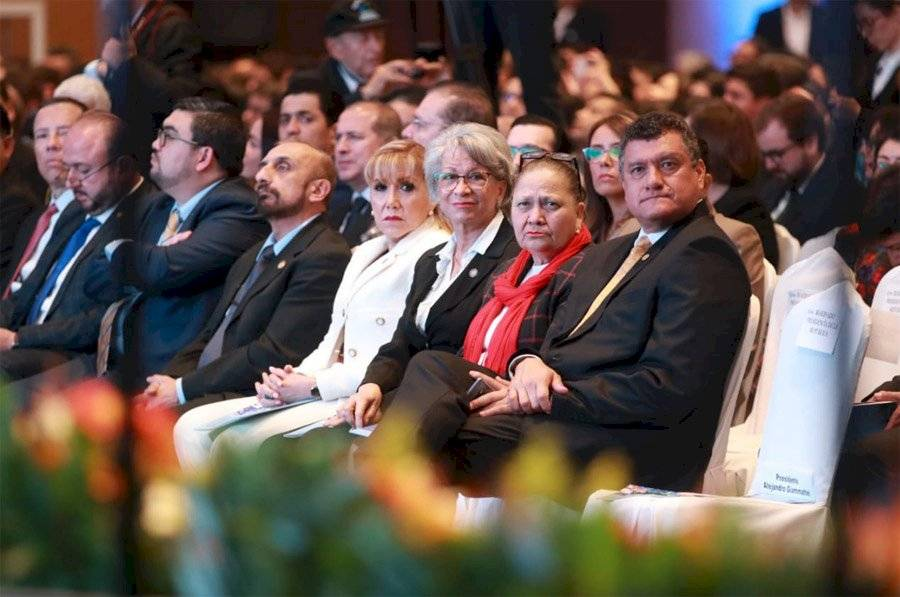 Funcionarios participaron en el V Encuentro Ciudadano