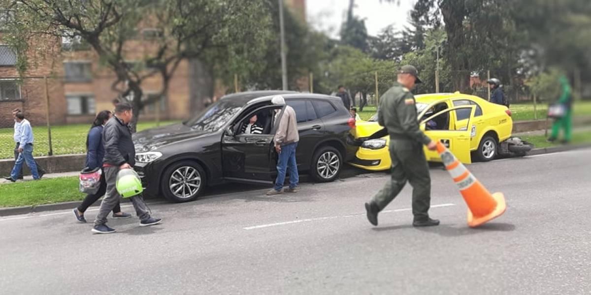 Impactante accidente en la carrera 50 de Bogotá involucra a ocho vehículos
