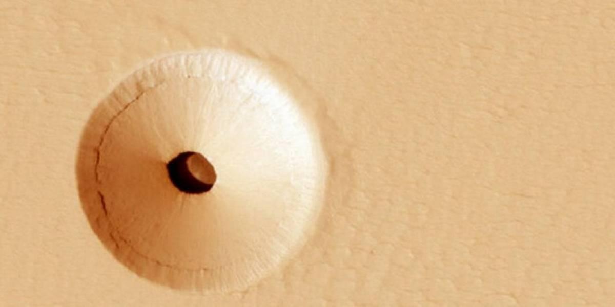 NASA comparte foto de un agujero en Marte que lleva a caverna subterránea