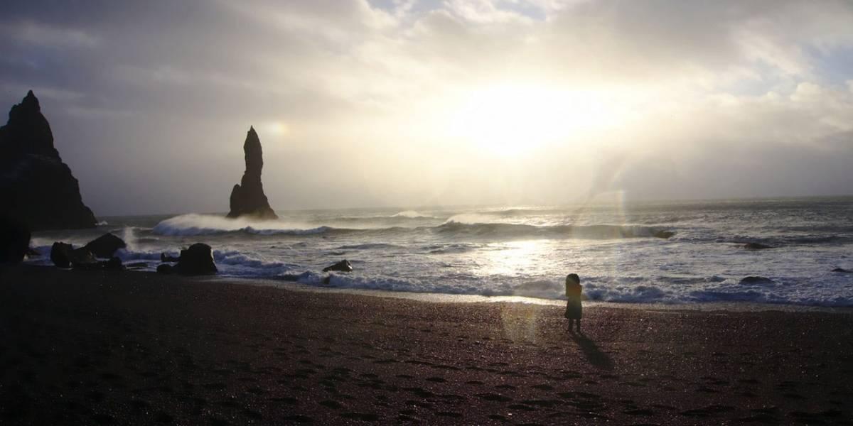 Niña encuentra extraño objeto de la Edad de Bronce en una playa
