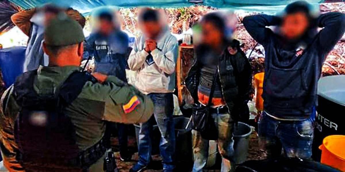 Buscan a dos mayordomos que se volaron de la finca del embajador colombiano