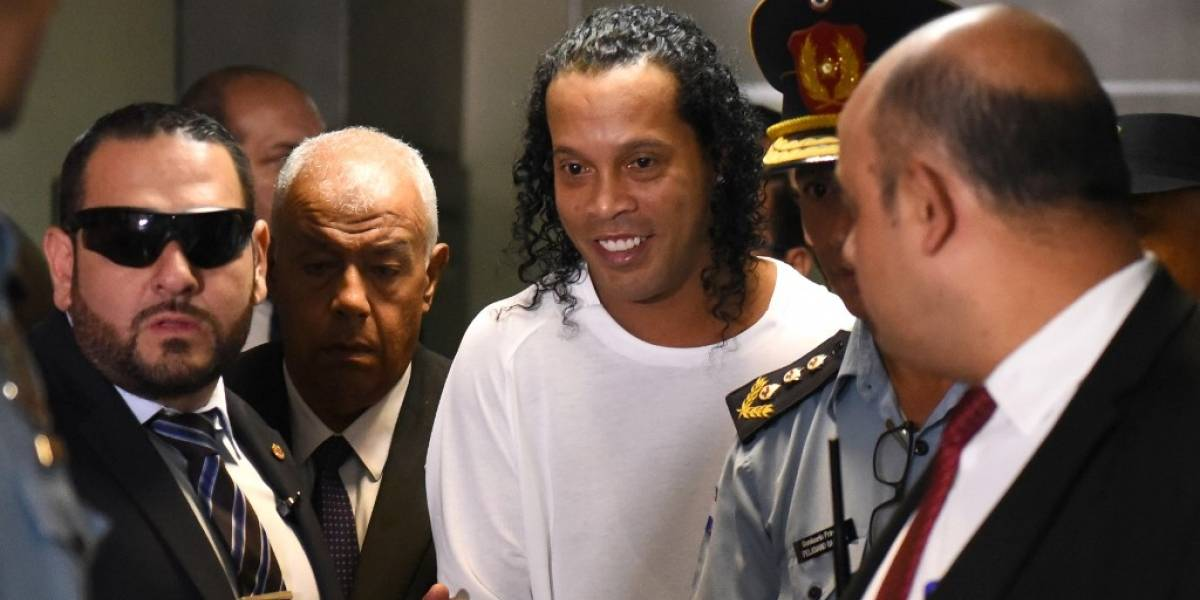 Por defender a Ronaldinho, abogado da insólitas declaraciones