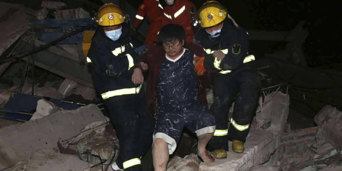 10 muertos en China tras caerse un hotel usado en cuarentenas
