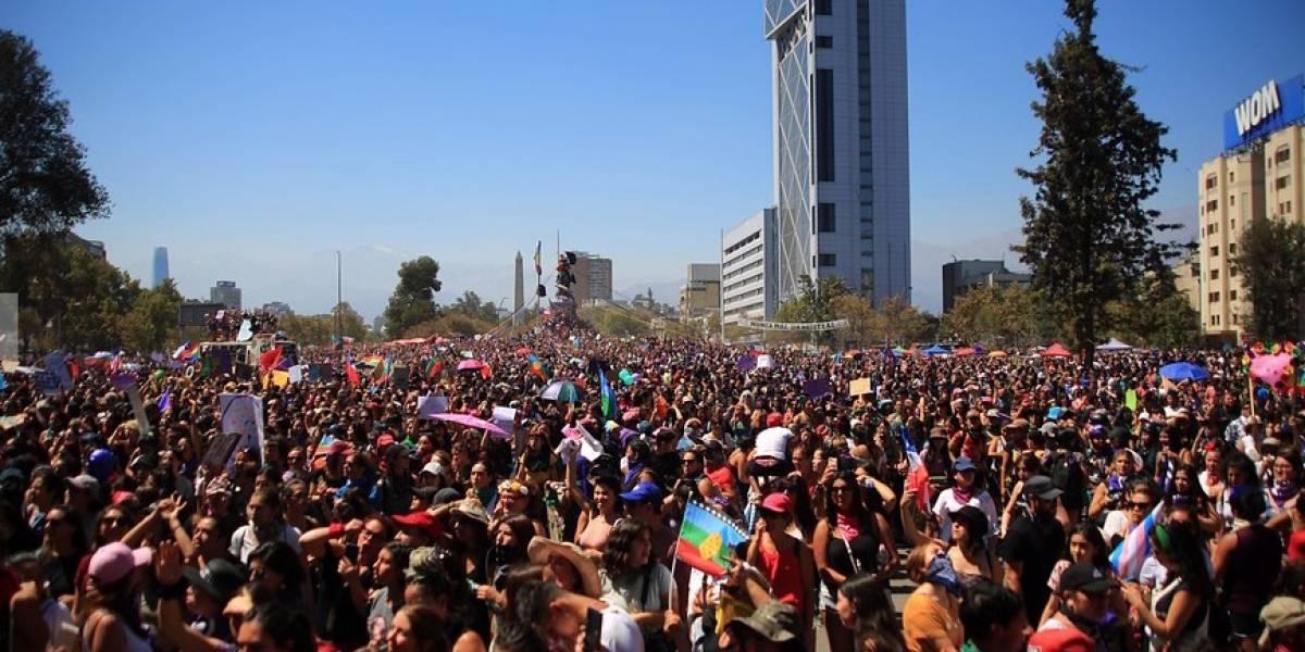 Con diferencias en cálculo de asistentes terminó marcha del Día de la Mujer