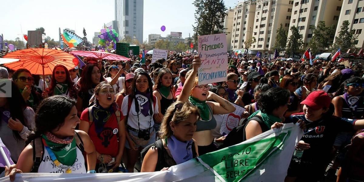 Comenzó la marcha por la conmemoración del Día de la Mujer