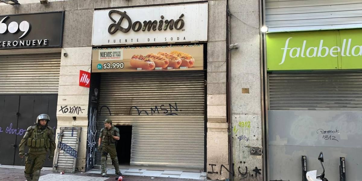 Dos mujeres detenidas por saqueo a céntrico local de comida