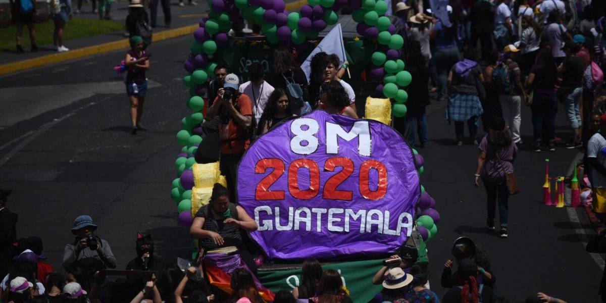 EN IMÁGENES. La marcha en el Día Internacional de la Mujer en el Centro Histórico