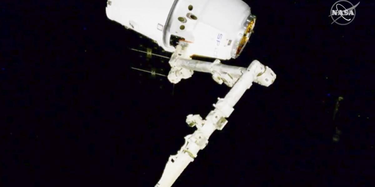 La estación espacial recibe un pedido de dulces y ciencia