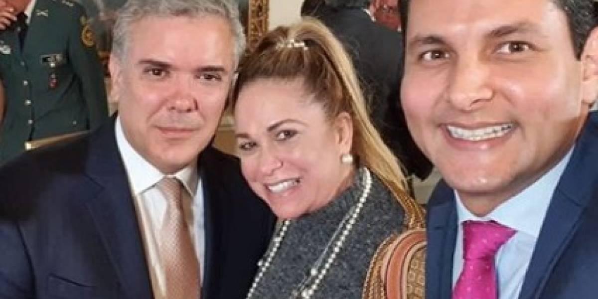 Uribe lanzó al agua a la mujer que hablaba con el Ñeñe Hernández, sobre compra de votos