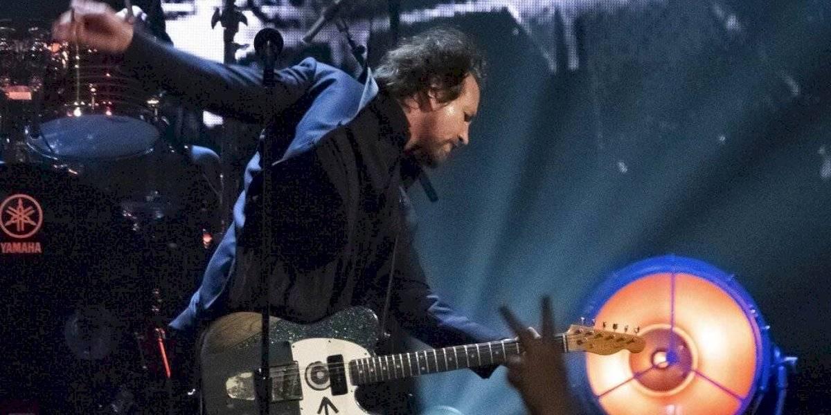 Pearl Jam pospone primera parte de su gira por coronavirus