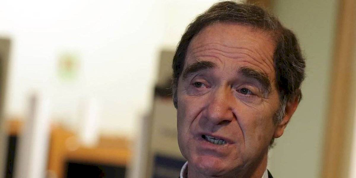 """Ministro Larraín y golpiza de carabineros a adulto mayor: """"Me pareció un acto brutal"""""""
