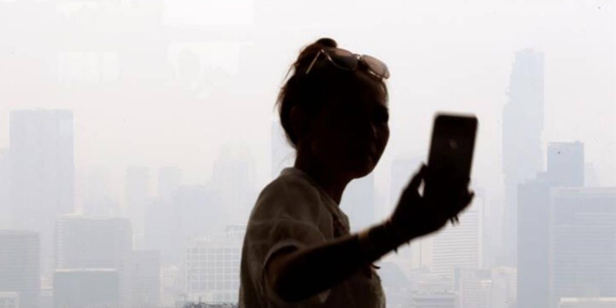 Menor muere al caer desde terraza al intentar hacerse una selfie