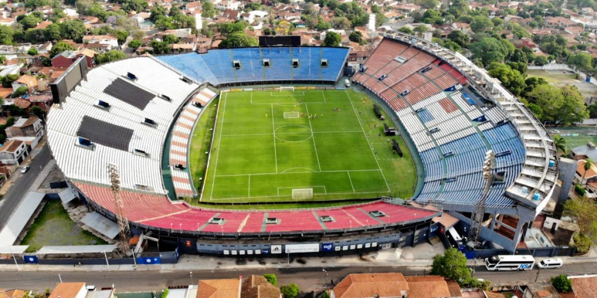 Paraguay anuncia que se jugará sin público en los estadios debido al coronavirus