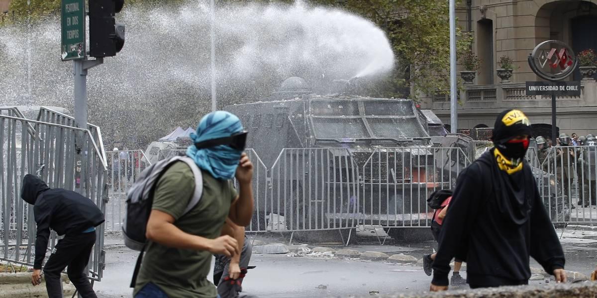 11 de marzo: tránsito por la Alameda suspendido en ambos sentidos por manifestaciones