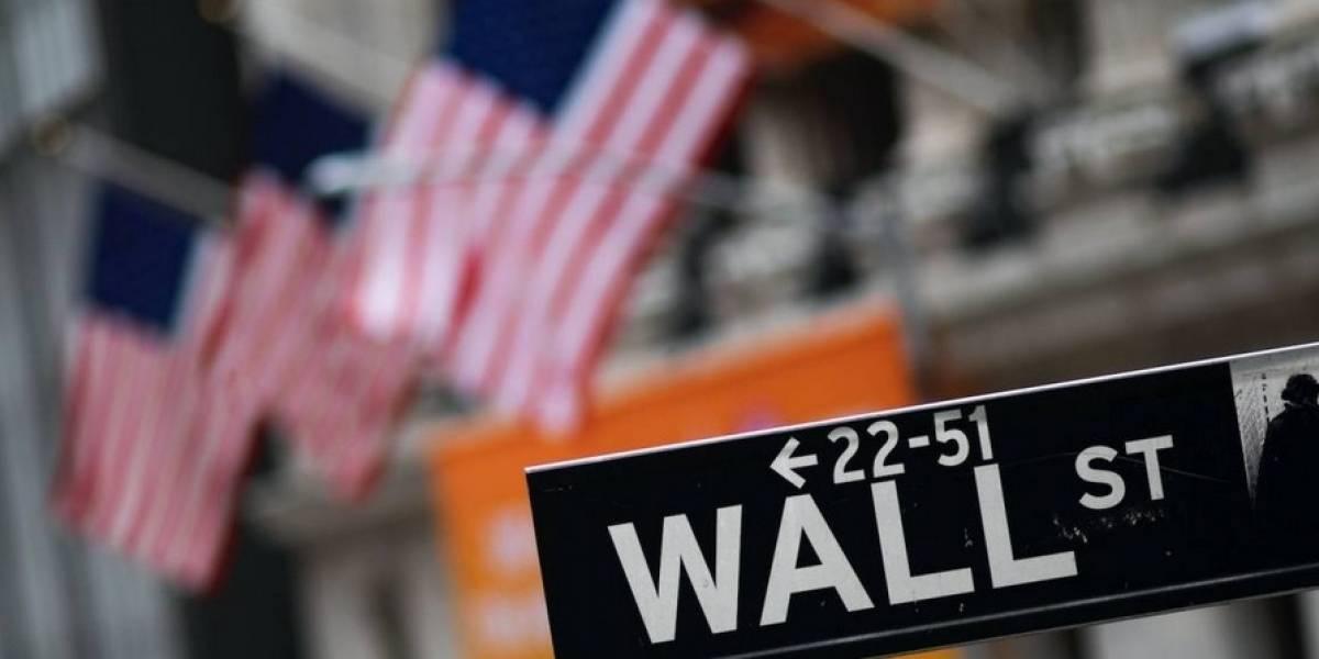 Cierra Wall Street por desplome en la bolsa de valores