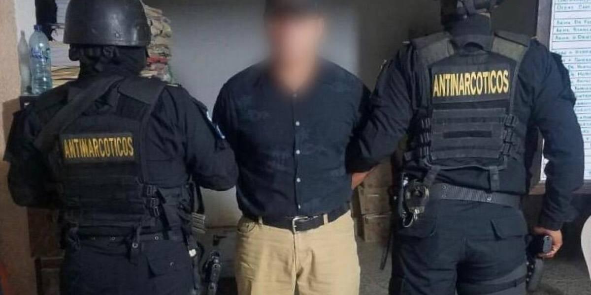 Detienen a presunto narcotraficante cerca de la frontera San Cristóbal en Jutiapa