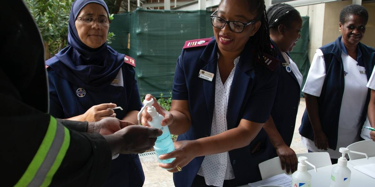 Doce de los 54 países de África tienen casos de COVID-19
