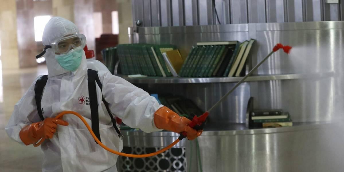 """""""Ningún empleado perderá ni un centavo"""": Francia promete compensar a trabajadores que queden sin sueldo por el coronavirus"""