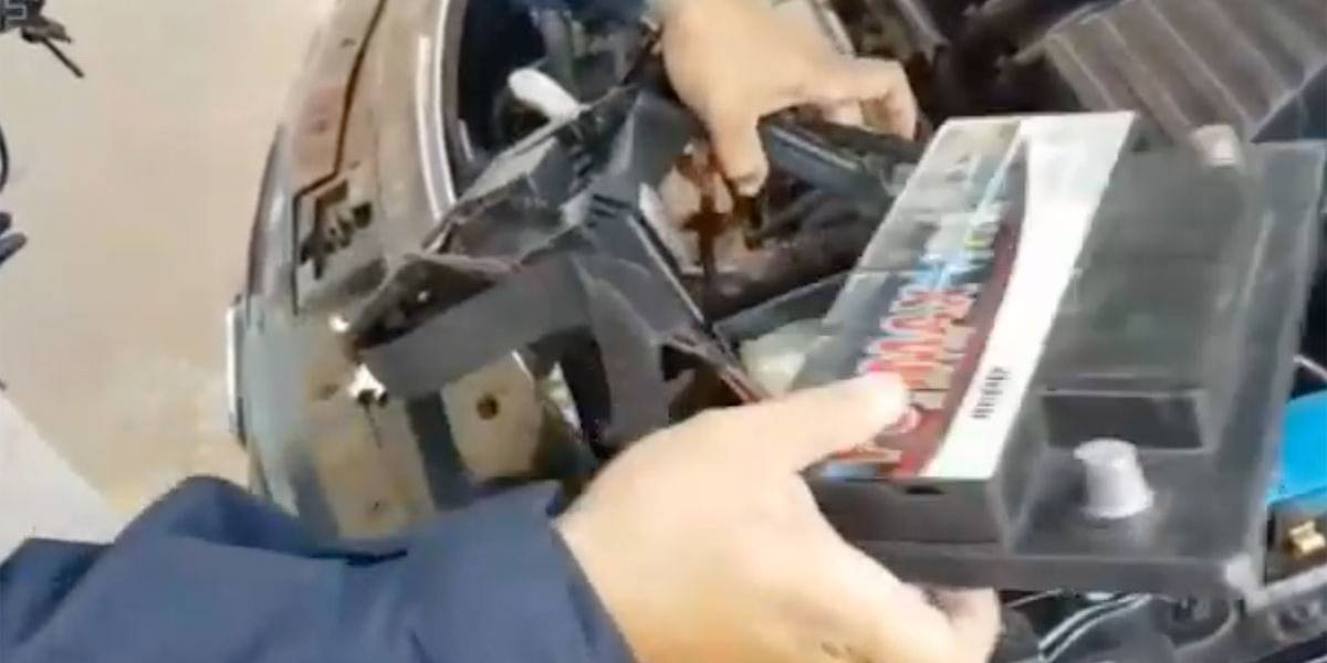Vídeo: traficante escondia crack dentro da bateria do carro