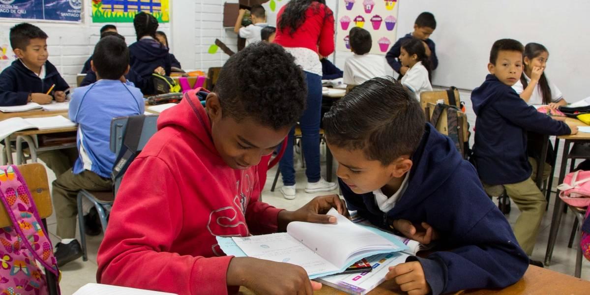 Estudiantes de Cali empezaron plan piloto para regresar al colegio