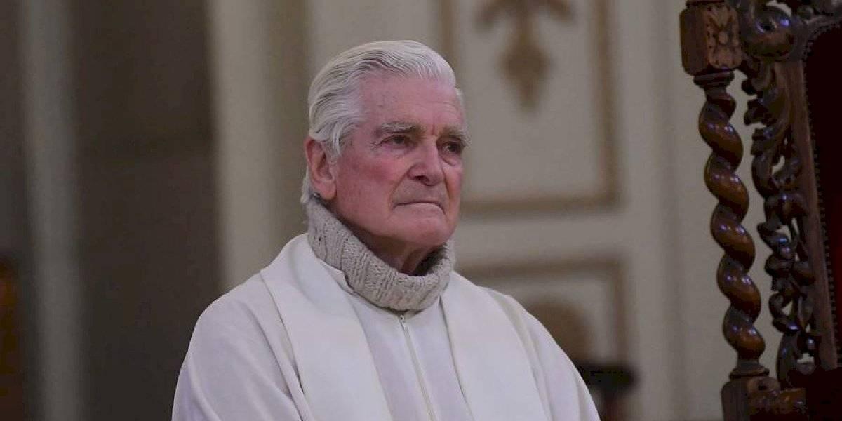 """""""Hasta siempre, cura obrero"""": a los 88 años falleció el sacerdote Mariano Puga y así fue el homenaje de las redes sociales"""